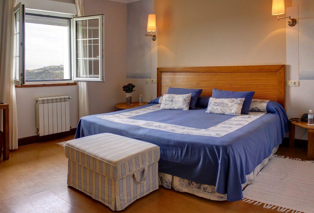 Habitación Con vistas la mar y cama de matrimonio