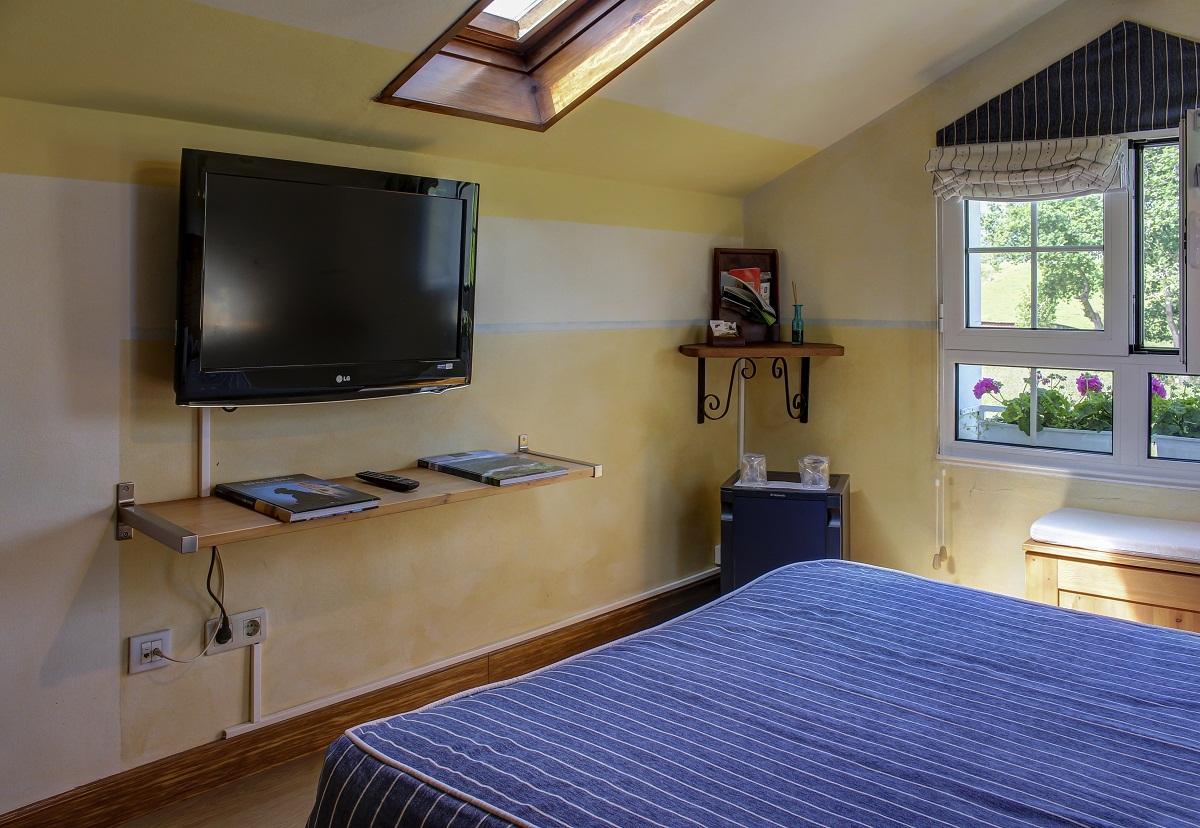 Habitación superior con televisión HD y servicio de minibar