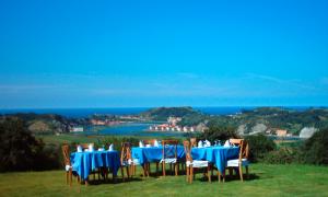 Jardines con vistas al mar