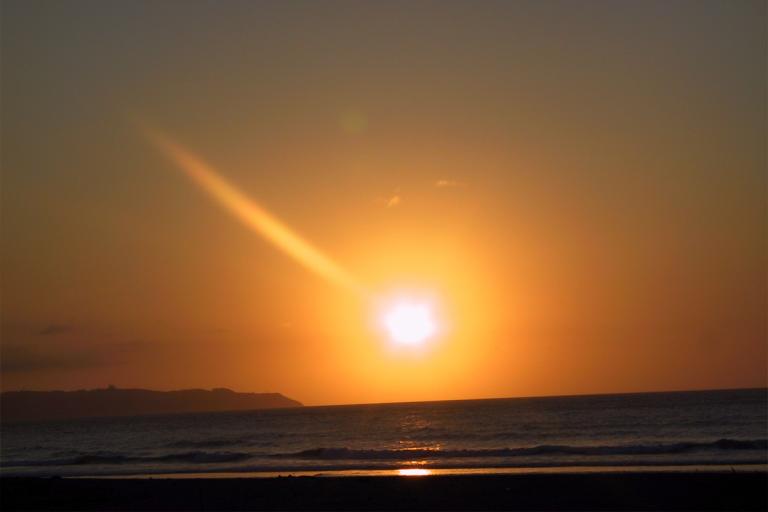 Atardecer en la playa de Vega