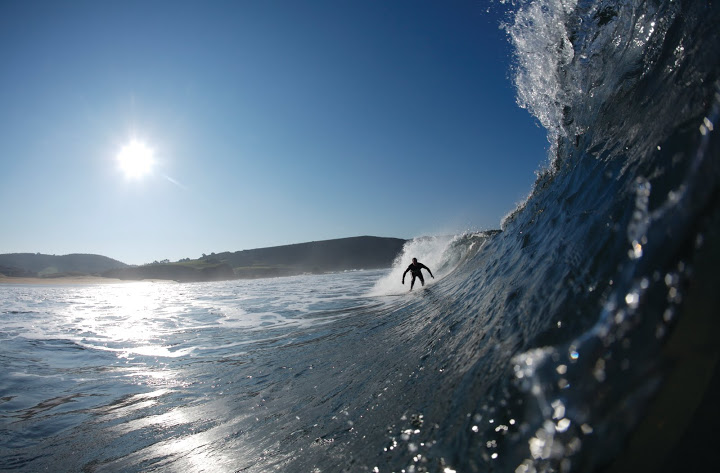 Surf en playa de santa marina